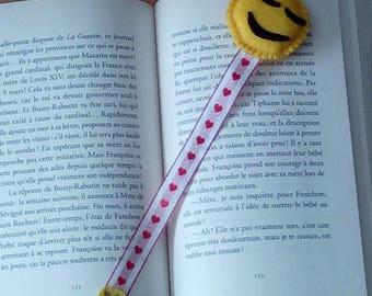 yellow smiley emoji bookmark