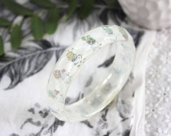 Facetted resin bangle with embedded succulents art