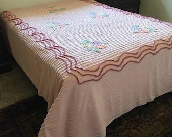 Vintage Chenille Bedspread, 1950s Bedspread, Retro Bedspread, Chenille Bedspread, Pink Chenille Bedspread