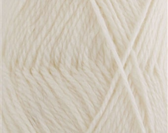 Snow Blossom Wool Yarn 2 x 100 gram Skeins French Vanilla