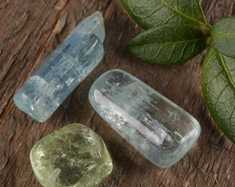 3 Medium Tumbled Raw AQUAMARINE Crystals - Raw Crystal, Aquamarine Stone, Blue Crystal, Healing Crystal, Tumbled Gemstone Chakra Stone E0406