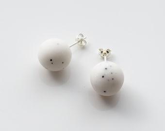 White stud earrings, Minimal earrings, Pastel earrings, Ball earrings, Polymer clay earring, Bead earrings, Simple earring, Everyday earring