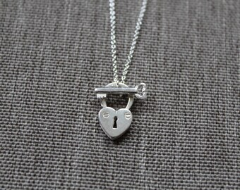 Sterling Silver Heart padlock necklace / Unique silver necklace / Silver Heart necklace with silver key bar / layering necklace / lariat