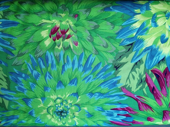 CACTUS DAHLIA Green Philip Jacobs Kaffe Fassett Collective Sold in 1/2 yd increments