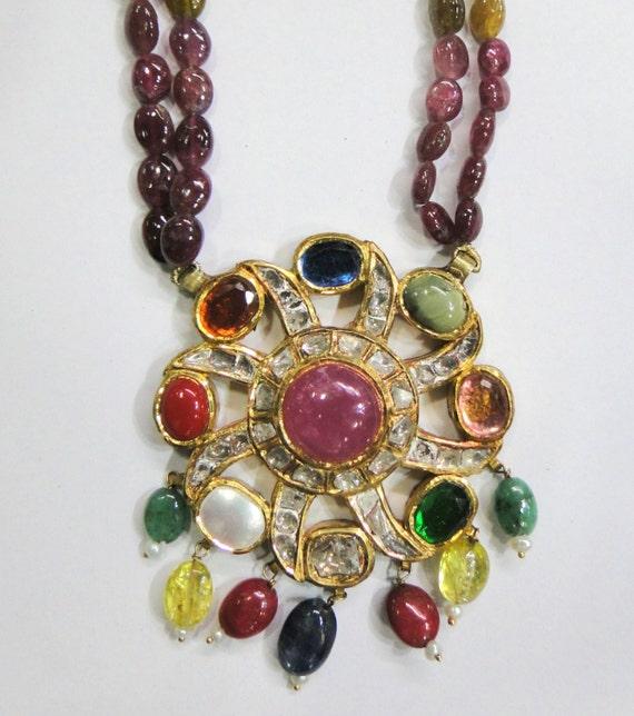 Vintage antique solid 20K Gold jewelry navaratan gemstones