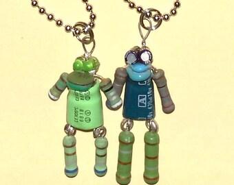 Green Robot Couple