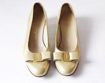 Vintage Gold Metallic Salvatore Ferragamo Vara Pumps
