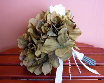 Hydrangea bouquet. Green bouquet. Green hydrangea bouquet. Bridal bouquet. Wedding bouquet.