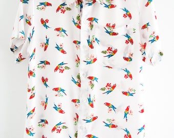O'Carioca Parrots Short Sleeve Button Up Shirt with a relaxed fit.