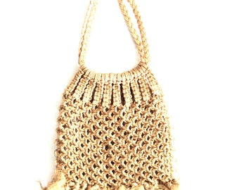 Knotted natural rope bag