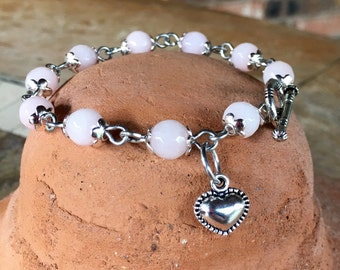 Handmade bracelet with jade gemstone beads in rose quartz pink with puffed heart charm