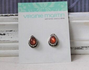 Oxydized Sterling silver Stud Earrings with Sunstone Gemstone - Pair of asymmetrical earrings Gemstone 925 Orange