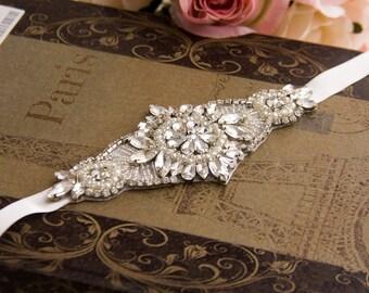 Wedding Bracelet, Bridal bracelet, Bridal Crystal Bracelet,  Crystal Wedding Bracelet, Cuff Bracelet, Crystal Bracelet Bridal Pearl Bracelet