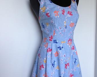 1970s Boho Hippie Multicolored Stylish Fashion Floral Jean Vintage Dress
