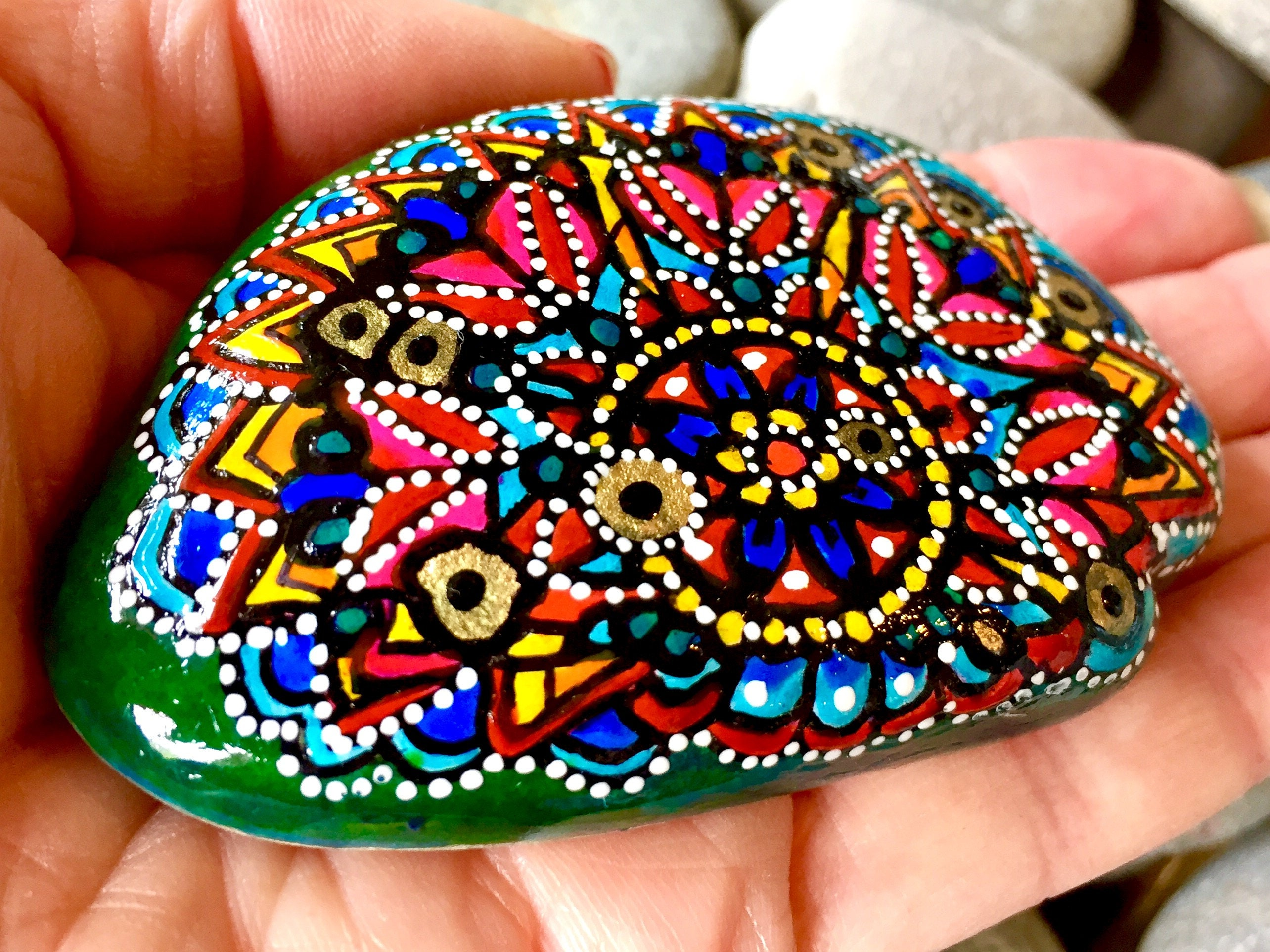Through The Looking Glass Painted Rocks Painted Stones Rock # Muebles Hippies
