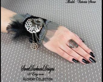 Gothic Wrist Cuff WICCAN Skull & Crossbones PENTAGRAM Occult Black