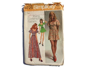 1970s Vintage Sewing Pattern - Simplicity 9725 - Maxi Mini Empire Dress