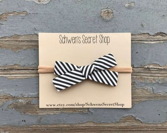 Striped baby bow, hand tied bow, baby girl headband, nylon headband, baby girl bow, baby hair bow, baby headband, baby bows, newborn bow