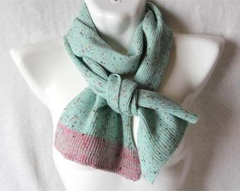 Mint tweed scarf bubble-gum