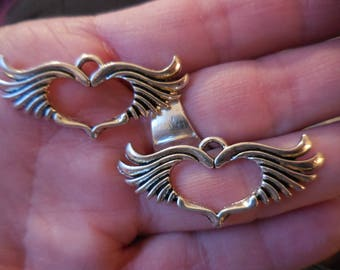20 count HEART with wings Silver tone Pendant Jewelry making supplies FREE Shipping!