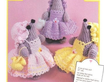 Vintage Crochet Pattern Three Wee Lady Mice Pinafores & Bonnets PDF Instant Digital Download Amigurumi Plush Old Fashioned Mouse Mice Design