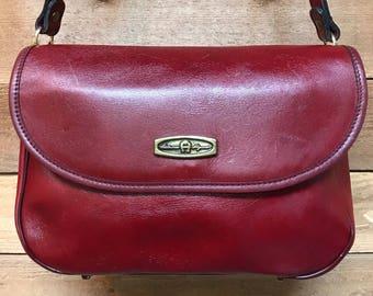 Vintage Etienne Aigner Lipstick Red Satchel Handbag Vtg Red Leather Shoulder Tote Purse