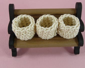DOLLHOUSE MINIATURES Baskets Set of 3 Round Ecru Off White Doll House Home Decor Collector Crochet Handmade