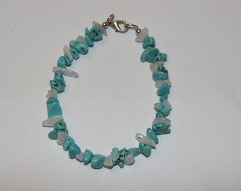 Turquoise and Moonstone Chips Bracelet.