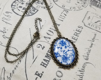 Flower Cameo Necklaces!