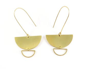 Minimalist geometric earrings half moon raw brass circle. G-07