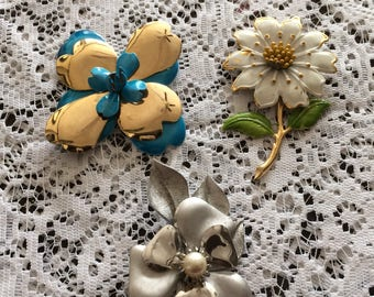 3 Vintage Leaf Flower Brooches