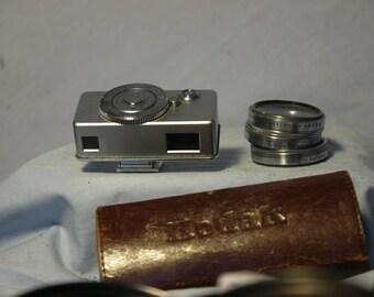 Kodak Close Up Rangefinder + 3 Kodak Filters Cased -Nice-RARE-