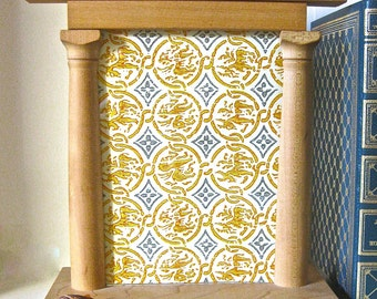 Vintage Neo Classical Wood Picture Frame