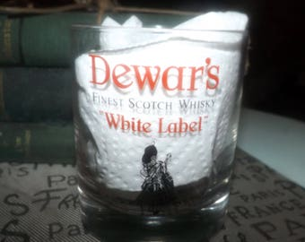 Vintage (c. late 1980s) Dewar's | Dewars White Label Scotch Whisky Clan glass. Etched-glass bagpiper logo and type.