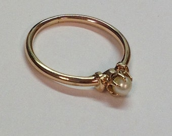 Antique Victorian Era 9k Rosey Gold Pearl Ring