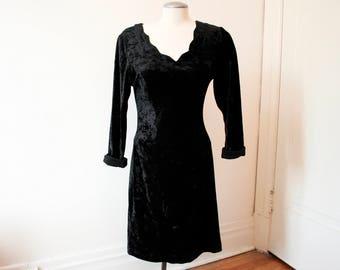 VTG 1980s Velvet Bodycon Dress|Velvet Dress|Christmas Dress|Black Velvet|80s Velvet Dress|LBD|Long Sleeved Dress|Bodycon Dress|Holiday Dress