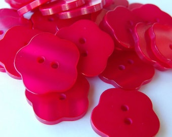 """18 Red Glossy Flat Flower Buttons Size 13/16"""""""