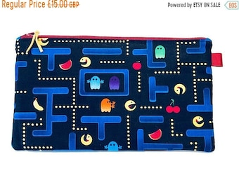 SALE 20% OFF Pacman Multi Purpose Zipped Bag, Makeup Bag, Small Craft Project Bag, Gadget Bag, Pencil Case, Video game, Handmade in the UK