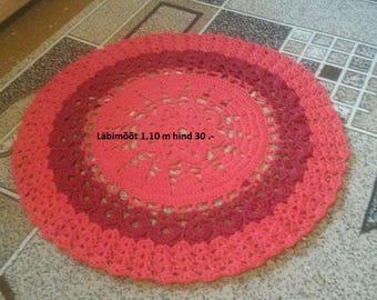 Carpet , diameters 1.10 m 30 .-