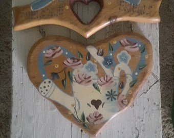 Vintage  Wood Wall Decor Welcome Friends Plaque Garden Floral Watering Can