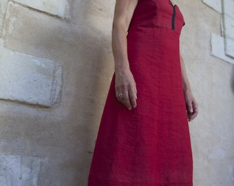 Red pattern dress black and natural material