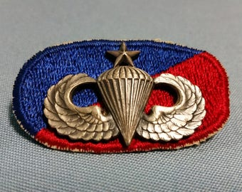 US Vietnam Era 173rd Airborne Jump Wings and Backing Oval, Master Parachutist