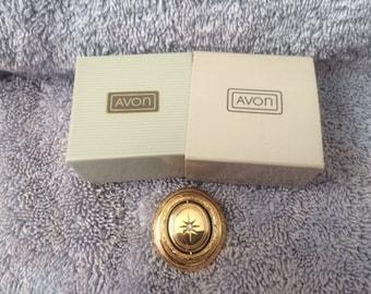 Vintage Avon Precious Pictures Pin 1984 New in Box RARE