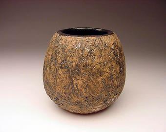 "Listed MCM Illinois Artist Marjorie ""Mar"" Carter Slashed Vessel Vase with White Sprinkles Signed Rochester Illinois brutalist"