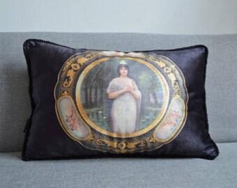 Velvet classical sofa deco / pillow