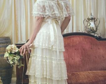 Vintage lace boho chic 70's bridal dress wedding gown