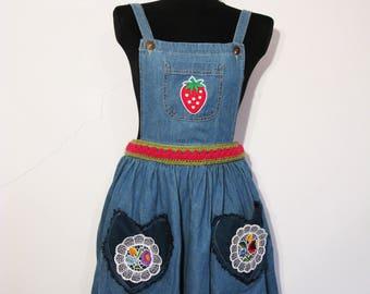 MABEL Denim DUNGAREES STRAWBERRY Dress 8 10 12 vintage pastel goth 90s y2k 00s 80s kawaii cute crochet heart flower daisy jean 70s kitsch