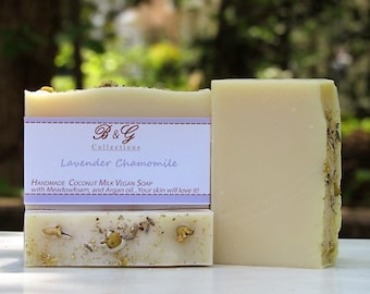 Lavender chamomile scented soap - Handmade Cold process soap, Vegan Soap with coconut milk, Wedding favors, mother's gift