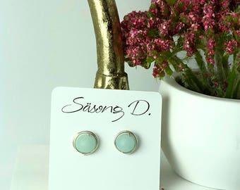 Faux sea glass wire wrapped stud