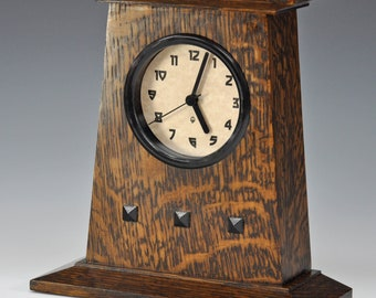 Arts and Crafts (Mission, Craftsman) style clock - Black Bezel